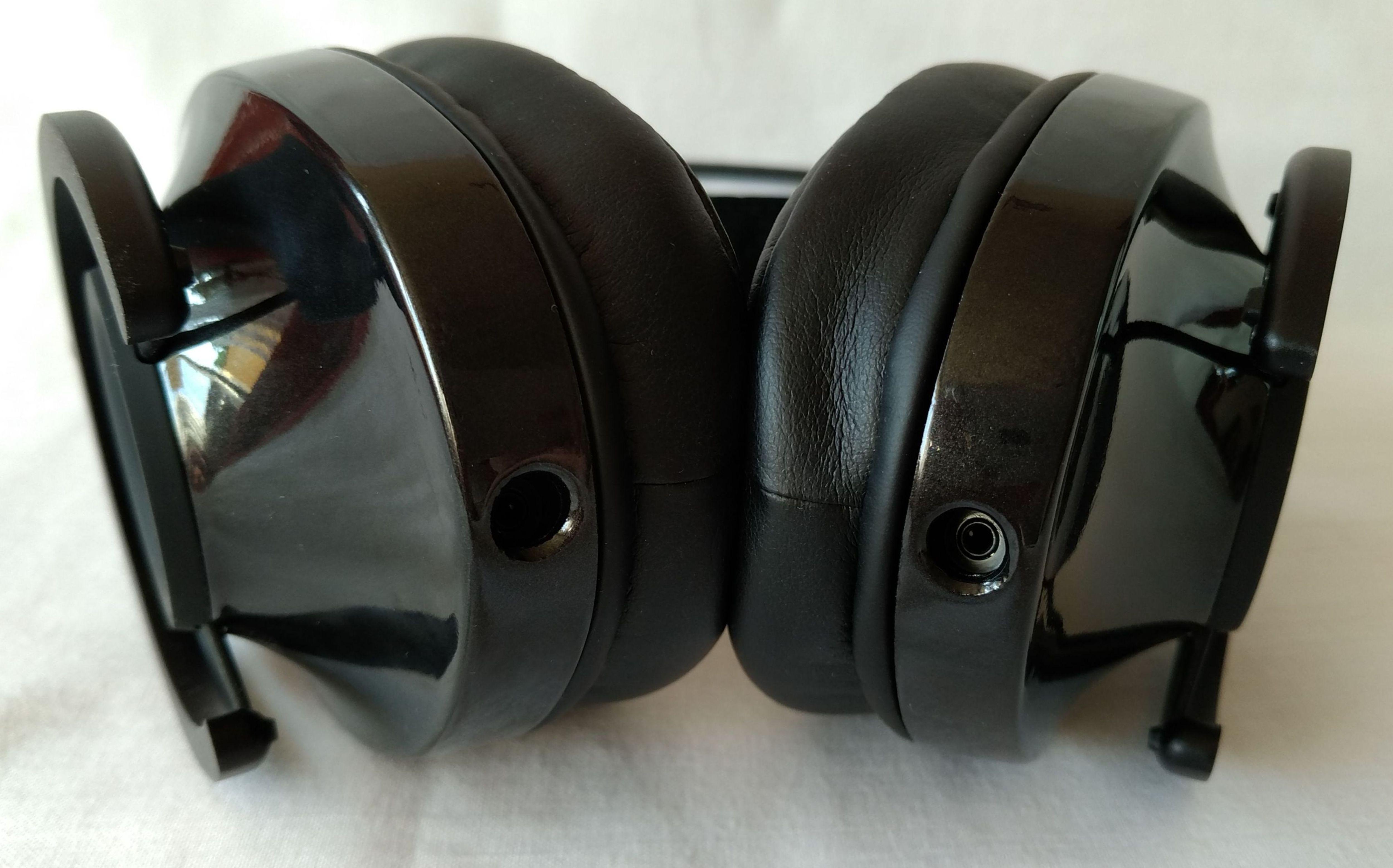 b57b94580d13e AudioQuest NightHawk Carbon gniazda podłączeniowe 2 ...
